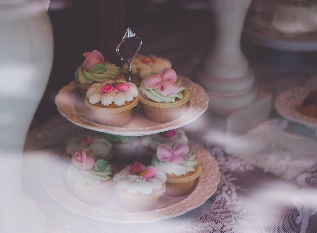 Bem-casados: descubra tudo sobre esse doce tradicional em casamentos